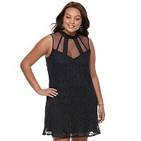 Juniors' Plus Size Speechless Lace Shift Dress