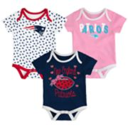 Baby New England Patriots Heart Fan 3-Pack Bodysuit Set