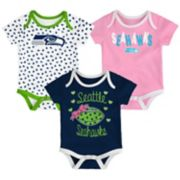 Baby Seattle Seahawks Heart Fan 3-Pack Bodysuit Set