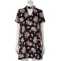 Juniors' Trixxi Floral Choker Shift Dress
