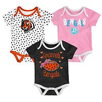 Baby Cincinnati Bengals Heart Fan 3-Pack Bodysuit Set