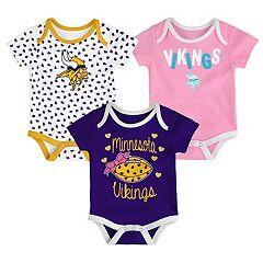 Baby Minnesota Vikings Heart Fan 3-Pack Bodysuit Set