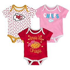 Baby Kansas City Chiefs Heart Fan 3-Pack Bodysuit Set