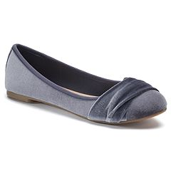 SO® Can't Even Women's Velvet Ballet Flats