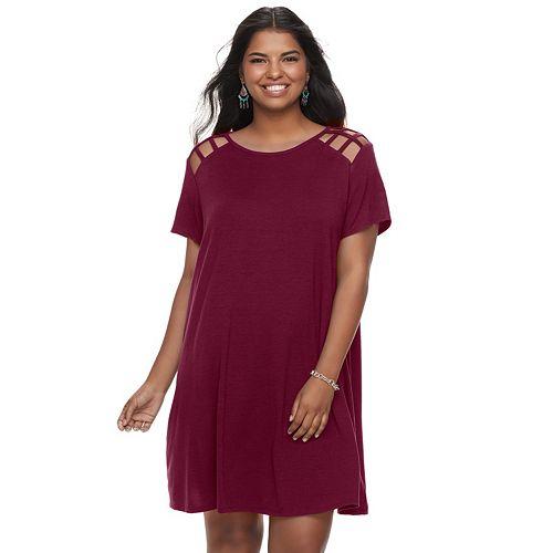 Juniors' Plus Size Speechless Lattice Shoulder Shift Dress