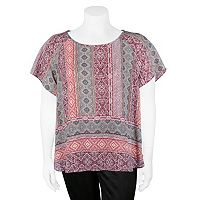 Juniors' Plus Size IZ Byer Print Scoopneck Top