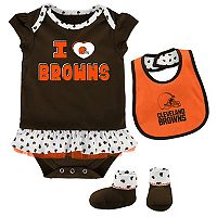 Baby Cleveland Browns Team Love Bodysuit Set