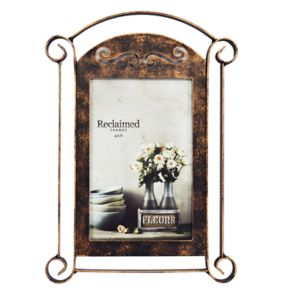 "New View Farmhouse Arched Metal 4"" x 6"" Frame"