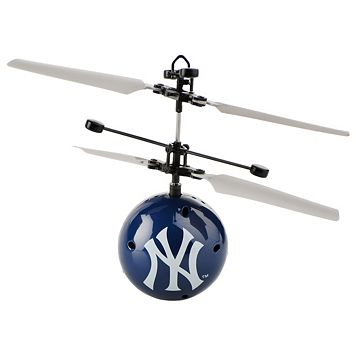 Forever Collectibles New York Yankees Team Ball Flyer