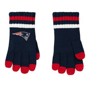 Boys 8-20 New England Patriots Beanie & Gloves Set