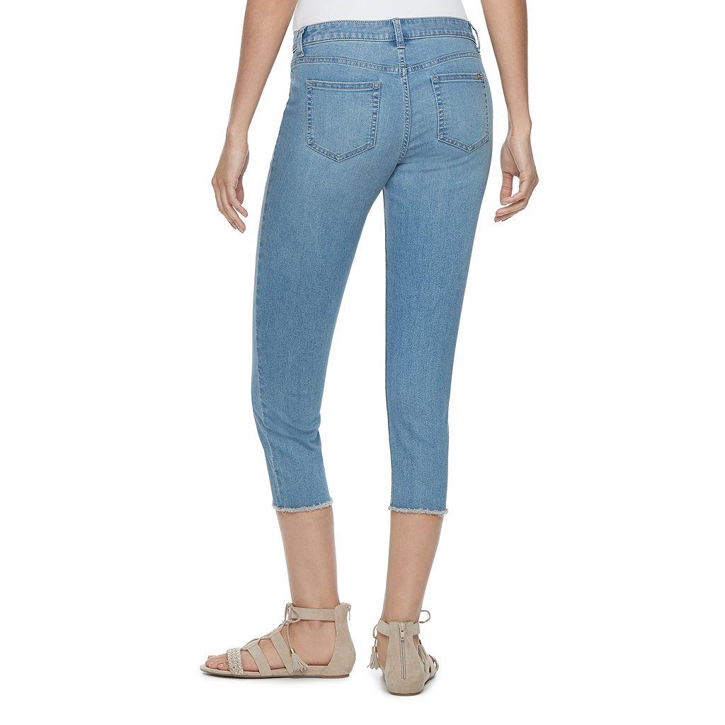 Petite Jennifer Lopez Raw-Edge Capri Jeans