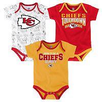 Baby Kansas City Chiefs Playmaker 3-Pack Bodysuit Set