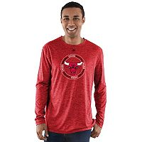 Men's Majestic Chicago Bulls Point of Attack Tee