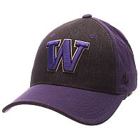 Adult Zephyr Washington Huskies Challenger Flex-Fit Cap