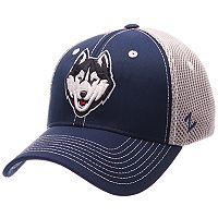 Adult Zephyr UConn Huskies Pregame Flex-Fit Cap
