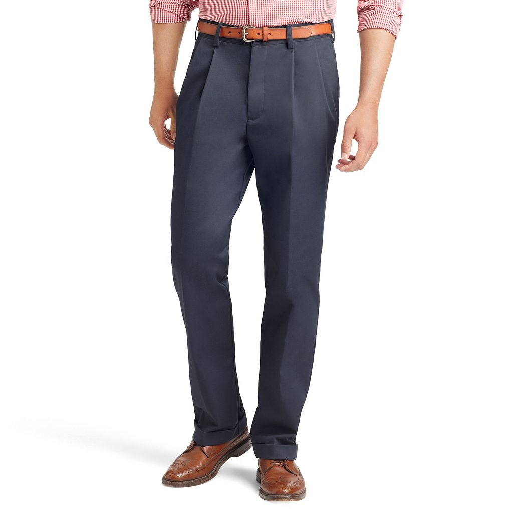 Men's IZOD American Chino Straight-Fit Wrinkle-Free Pleated Pants