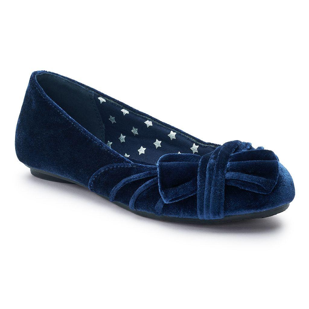 SO® Kirsten Girls' Velvet Ballet Flats