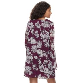 Juniors' Speechless Floral Lattice V-Neck Shift Dress