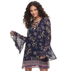 Juniors' Speechless Floral Bell-Sleeve Shift Dress