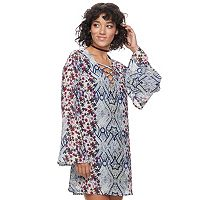 Juniors' Speechless Print Bell Sleeve Shift Dress