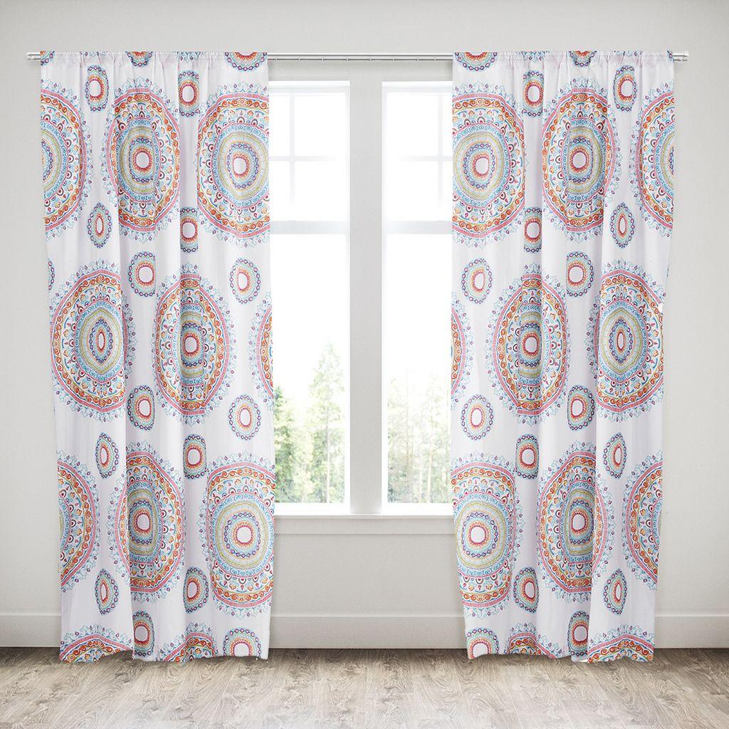 Margo Curtain