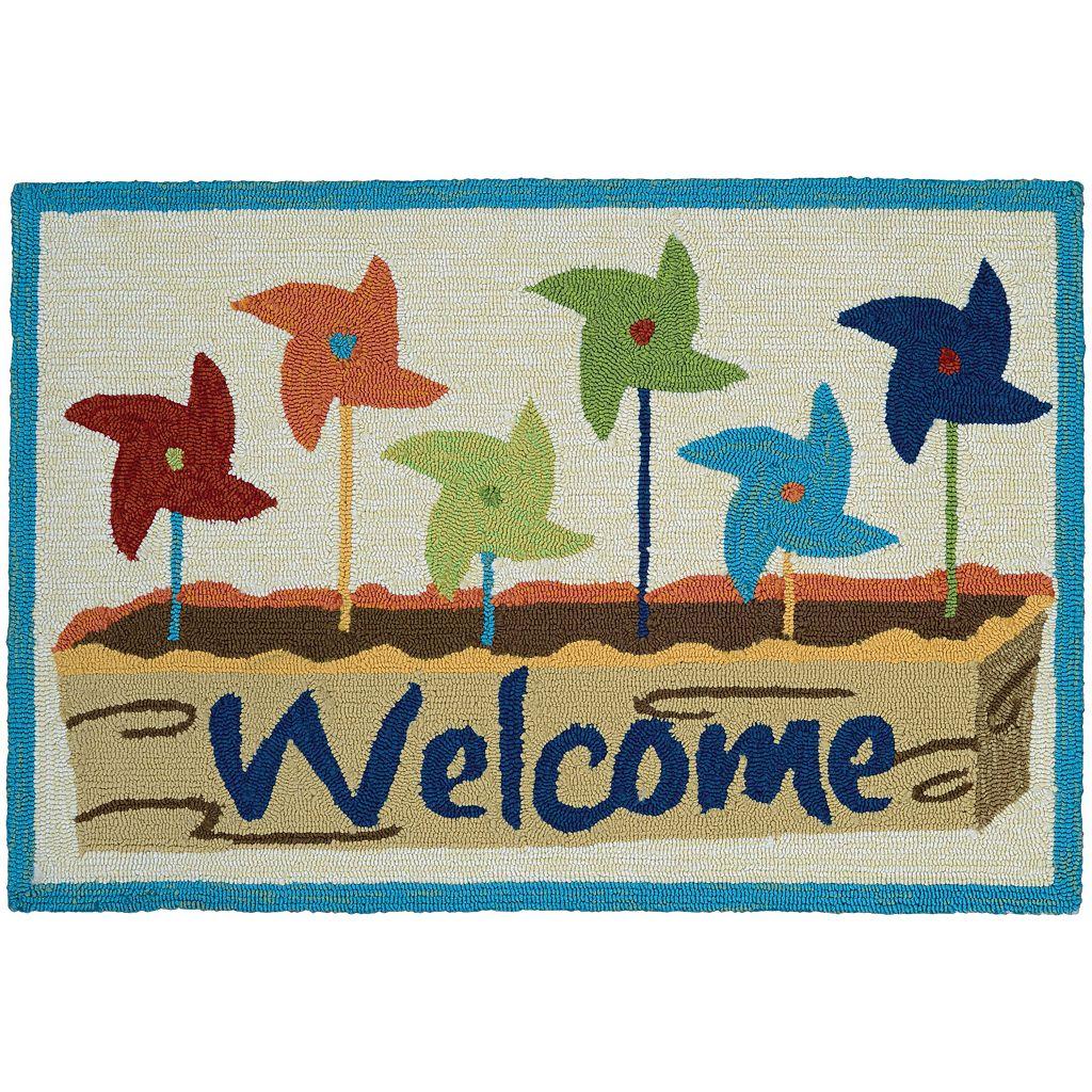 Couristan Covington Accents ''Welcome'' Pinwheels Indoor Outdoor Rug - 2' x 3'