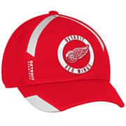 Adult adidas Detroit Red Wings Practice Jersey Flex-Fit Cap