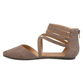Journee Collection Marlee Women's Pointed Flats