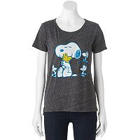 Juniors' Peanuts Snoopy Woodstock Hug Graphic Tee