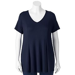 Juniors' Plus Size About A Girl Solid Pleated Tee