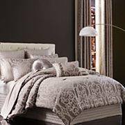 37 West Ivy Comforter Set