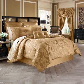 37 West Colonial Comforter Set