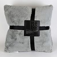 Faux Fur 2-pack Throw Pillows