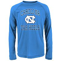 Boys 8-20 North Carolina Tar Heels Gridiron Hero Tee