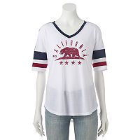 Juniors' California Grizzly Bear V-Neck Graphic Tee