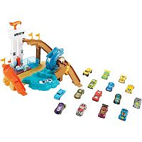 Hot Wheels Color Shifters Sharkport Showdown Play Set by Mattel