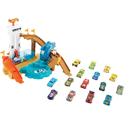 Hot Wheels Color Shifters Sharkport Showdown Play Set by ...