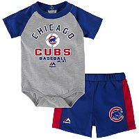 Baby Majestic Chicago Cubs Fan Favorite Bodysuit & Shorts Set