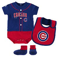 Baby Majestic Chicago Cubs Tiny Player Bodysuit, Bib & Bootie Set