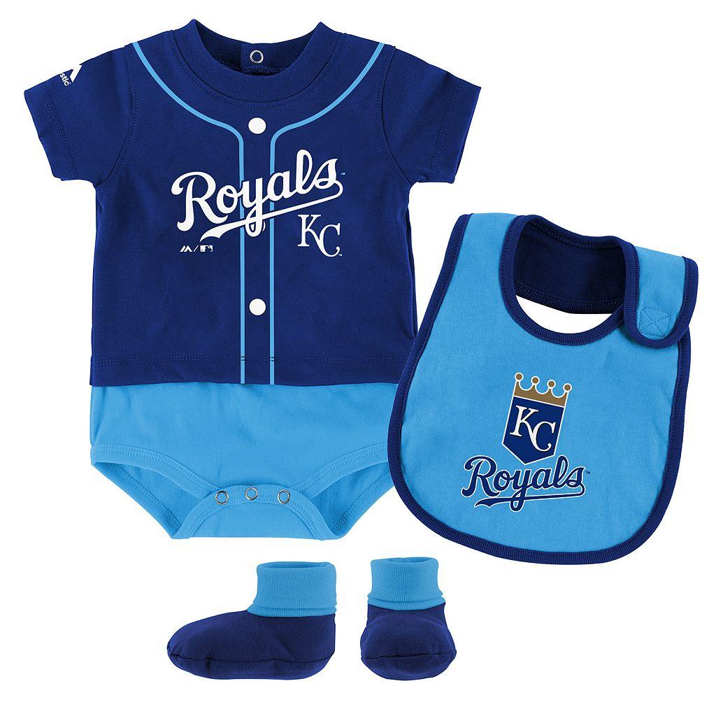 Baby Majestic Kansas City Royals Tiny Player Bodysuit, Bib & Bootie Set