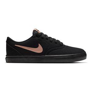 4d26f69f37e53 Nike Flex Essential Women s Cross Training Shoes. (11). Regular