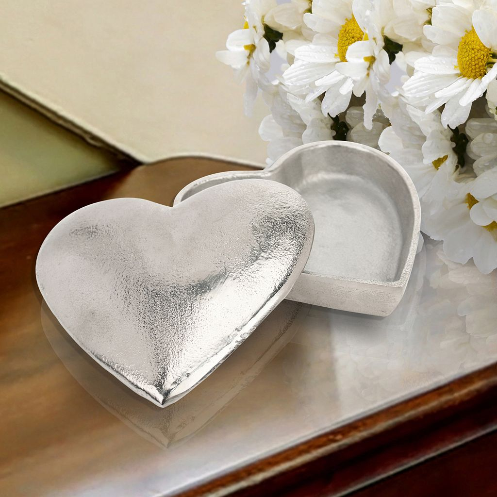 Stonebriar Collection Heart Box Table Decor