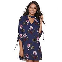 Juniors' Speechless Floral Tie-Sleeve Choker Shift Dress
