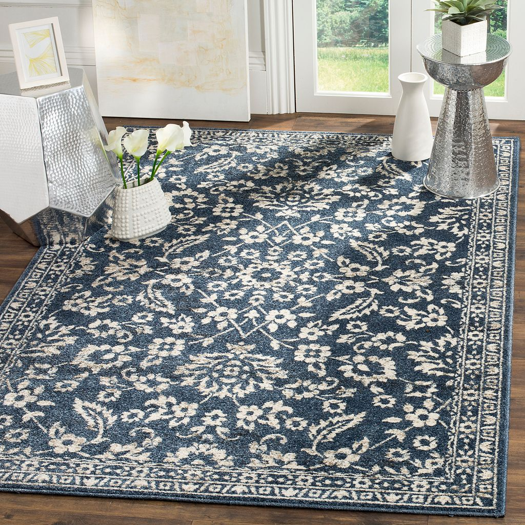 Safavieh Carolina Floral Vine Framed Rug