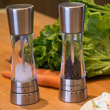 Derwent Gourmet Precision Salt & Pepper Mill Set