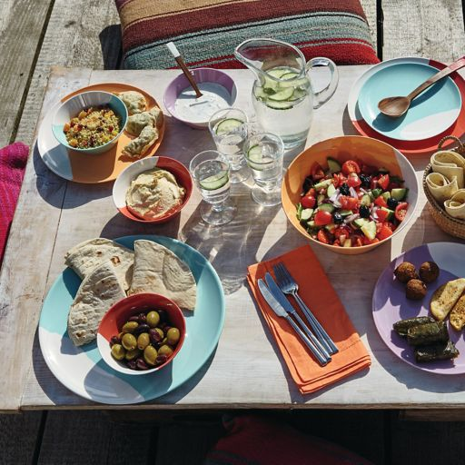 Royal Doulton1815  4-pc. Melamine Dinner Plate Set