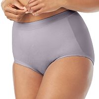 Olga Light Shaping Lace Briefs GS2961P