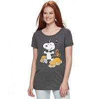 Juniors' Peanuts Snoopy Dancing Pumpkins Graphic Tee