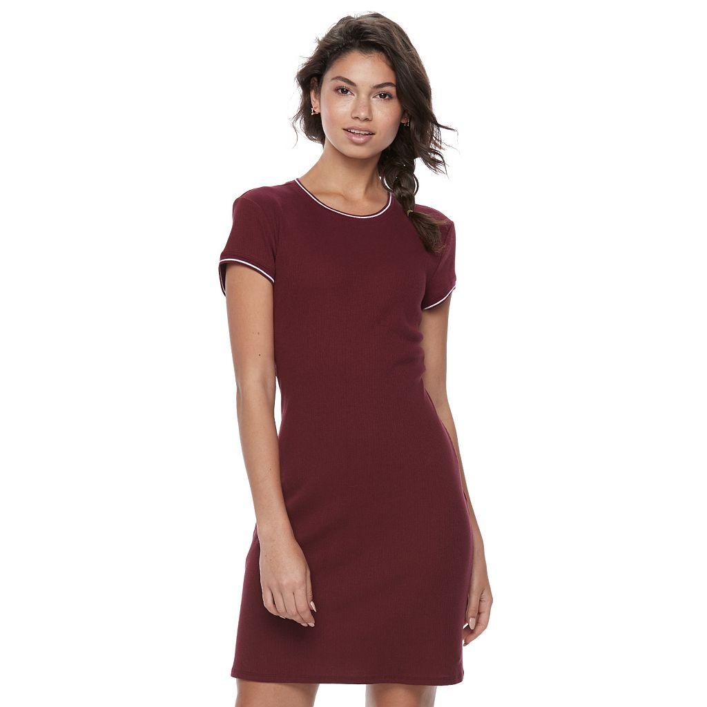 Juniors' SO® Contrast Trim T-Shirt Dress