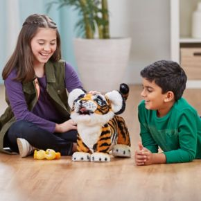 FurReal Roarin' Tyler the Playful Tiger by Hasbro